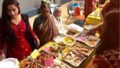 কানাডায় বাঙালি ললনাদের ঐতিহ্যবাহী পিঠা উৎসব