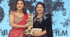 সেরা গায়িকা কোনাল: পুরস্কার উৎসর্গ করলেন আইয়ুব বাচ্চুকে
