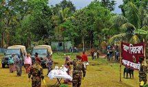 কুলাউড়ার রাতগাঁওয়ে সেনাবাহিনীর ত্রান সামগ্রী বিতরণ