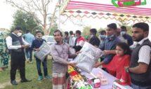 হাজীপুর ইউনিয়নের চাঁন্দগাঁও একতা যুব সংঘের শীতবস্ত্র বিতরণ